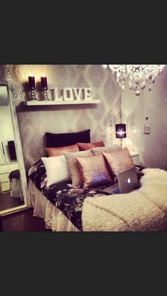 45 Beautiful and Elegant Bedroom Decorating Ideas. 45 Beautiful and Elegant Bedroom Decorating Ideas. Home Bedroom, Girls Bedroom, Bedroom Decor, Bedroom Ideas, Master Bedroom, Bedroom Inspiration, Couple Bedroom, Design Bedroom, Girl Rooms