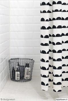 korbo bucket,ferm living,half moon -suihkuverho,kylpyhuone,kodinhoitohuone
