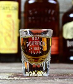 Last Resort A Bottle of Kentucky Bourbon 2 ounce shot glass Instructions: Drink until your In-laws are likable. Rye Whiskey, Scotch Whiskey, Whisky, Champagne, Bourbon Drinks, Its A Mans World, Holiday Cocktails, Root Beer, Bartender