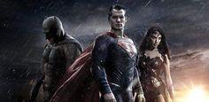 Vocês provavelmente ficaram sabendo que a Warner Bros começou seu painel na Comic Con com o pé direito exibindo uma sequência do filme Batman V Superman: Dawn of Justice. E você talvez já tenha até visto algum vídeo em baixa qualidade por aí na internet, e por mais que os fãs estejam esperando ansiosamente o …