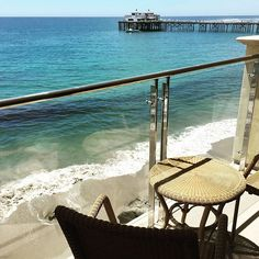 "@malibubeachinn's photo: ""Spend your day relaxing on the balcony of a Queen Ocean View... #MalibuBeachInn #Malibu #travel"""