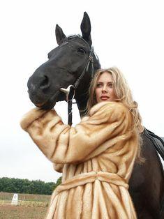Fur Jackets, Fur Coats, Mink Fur, Furs, Coats For Women, Erotic, Street, Brown, Fashion