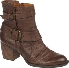 The Virtue from Naya is a round toe boot that has a back zipper and a stacked heel.