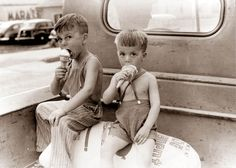Children Eating Ice Cream - 1941 in Indiana  ....in an open bed truck & as such no seatbelts