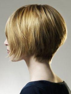 short choppy bob hair back | You can style Short Layered Haircuts as bangs by bringing them forward ...