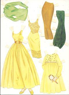 (⑅ ॣ•͈ᴗ•͈ ॣ)♡                                                             ✄Barbie Paper Doll And Clothes, Mattel Vintage 1964.
