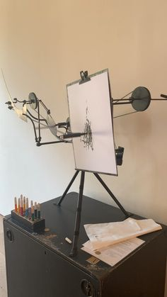 Jean Tinguely, Art Projects, Projects To Try, Drawing Machine, Gay Art, Arduino, Art Gallery, Tech, Photo And Video