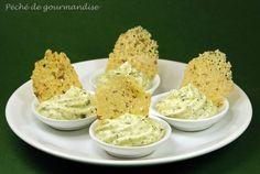 Crème de courgette et tuiles de parmesan (amuse-bouche)