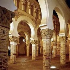 #Toledo. Tour monumental de las Tres Culturas #TurismoCultural #EscapadaCultural #SaberSabor #turismocreativo #turismoaccesible #turismosostenible #CastillaLaMancha