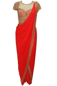 Red antique gold bead embroidered pant sari by Sonaakshi Raaj. Shop now: http://www.perniaspopupshop.com/designers/sonaakshi-raaj #sonaakshiraaj #sari #shopnow #perniaspopupshop