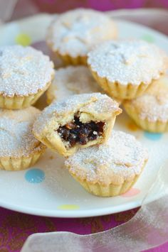 According to Wikipedia, a mince pie or also known as mincemeat pie is a traditional festive British sweet pastry, usually consumed during the Christmas and New Year period. Mince Pies normally have a pastry top, but versions may. Mince Pie Pastry, Fruit Mince Pies, Butter Pastry, Mincemeat Pie Filling, Mince Recipes, Pastry Recipes, Cake Recipes, Dessert Recipes, Navidad