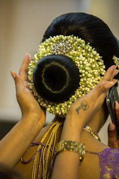 Gallery - Vithya Indian Wedding Hairstyles, Unique Hairstyles, Bride Hairstyles, Bridal Hair Buns, Bridal Hairdo, Bun Styles, Braids For Long Hair, Floral Hair, Bridal Hair Accessories