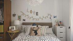 Pour agrandir une petite chambre, jouez avec un nuancier de couleur pâle. Vous illuminerez votre chambre tout en douceur !
