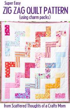 How to make a chevron quilt, the easy way Charm Pack Quilt Patterns, Charm Pack Quilts, Charm Quilt, Beginner Quilt Patterns, Quilting For Beginners, Quilt Patterns Free, Quilting Tutorials, Quilting Designs, Quilting Ideas
