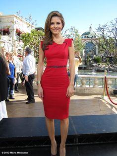 maria menounos' Extra look of the day: Dress @blackhalostyle, jewelry @gerardysoca