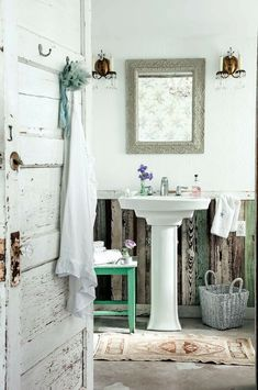 shabby + worn | interior design + decorating ideas for the bathroom