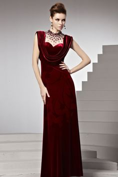 99c6eeb2f5ec A Line Velluto Abito Da Cerimonia di Rosso Scuro in Ventita Online Red  Velvet Prom Dress