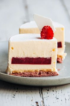 Raspberry mousse cake # fancy Desserts Raspberry and Vanilla Bean Mousse Cake — Fancy Desserts, Just Desserts, Delicious Desserts, Gourmet Desserts, Plated Desserts, Baking Recipes, Cake Recipes, Dessert Recipes, Mini Cakes