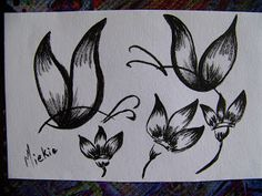 Using Posca Marker to draw a butterfly (step by step) Card Posca Marker, Step Cards, Markers, Arts And Crafts, Butterfly, My Favorite Things, Tattoos, Drawings, Pretty