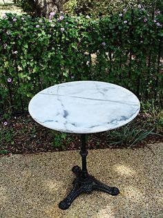 Delicieux Antique French Bistro Table