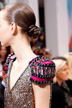 Schiaparelli, Alta Moda Autunno-Inverno 2016-17 #detail #textiledesign #aw17…