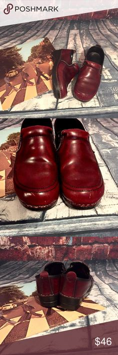 {Dansko} burgundy shoes Dansko Red Burgundy Maroon Leather Clogs Shoes Women's Size 38/8. Good used condition. Dansko Shoes Mules & Clogs