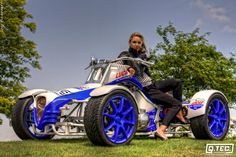 bike, quad or go-kart. Three Wheel Motorcycles, Concept Motorcycles, Solar Car, Can Am Spyder, Reverse Trike, Trike Motorcycle, Quad Bike, 4 Wheelers, Weird Cars
