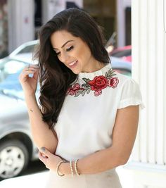 """325 curtidas, 10 comentários - Mells Moda (@mellsmoda) no Instagram: """"Maravilhosa  Blusa Fabrícia.  Compras pelo site www.mells.com.br ✔  Parcele suas compras em até…"""""""