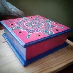 Cofre madera Mandala -Puntillismo