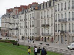 Nantes Le Belem, Nantes France, Talents, Belle Villa, Comme, Street View, Dreams, Statue, Spaces