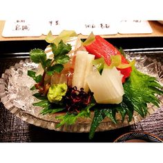 # # #mashita #sashimi #squid #seabream #tunatoro #maguro #toro #wasabi #cucumber #shiso #radish #food #foodporn #kaiseki #味舌 #kyoto #japan #travelgram #kyotoeats #onemichelinstar #michelinonestar #michelinstar #fish #京都 #日本 #怀石料理 by kathyglin