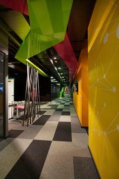 Markafoni.com Headquarters / Habif Architecture