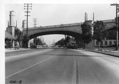 Hyperion Bridge over Riverside Drive, Los Angeles, 1937. http://digitallibrary.usc.edu/cdm/ref/collection/p15799coll59/id/1025