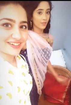 Follow me Pallavi Bhoyar Aditi Bhatia, Follow Me, Sari, Tv, Image, Fashion, Saree, Moda, Television Set