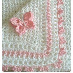 İyi geceler. ..#kelebekler#nettenatlıntı#crochetgeekfamily #knittersofinstagram #blanketlovers #grannysquare #crocheting #bebekbattaniyesi #knit #grannysquareblanket  #crochetcreations #crochetbabyblanket #baybblanket #tigisi#crochetaddict #koltuksali #hammadde #orgusever #blanket  #örgügram#crochertersofinstagram #crochetaddıct #blanket #battaniye #virkningcrochets #örgü #crochetgeekfamily #model#motif#deryanındünyası #supla#kirlent