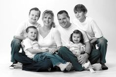 posing a family of 5 in a studio - Google Search