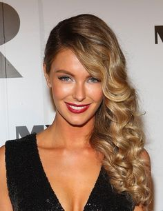Jennifer Hawkins Deep Side Parted Long Hairstyle