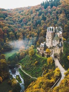 "earth: ""Eltz Castle Germany Photo by check out his feed for more"" Beautiful Castles, Beautiful Buildings, The Places Youll Go, Places To See, Chateau Medieval, Germany Photography, Edinburgh Photography, Germany Castles, Castle House"