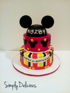 Buttercream with fondant accents #mickeymouse #cake