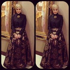 Inneke koesherawati wearing Hauri Collezione/Hauri Blacklabel #indonesia