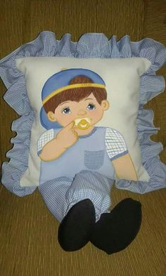 47 Ideas For Baby Diy Crochet Sleeping Bags Quilt Baby, Pillow Embroidery, Applique Quilts, Baby Pillows, Kids Pillows, Sewing Crafts, Sewing Projects, Sewing Pillows, Perfect Pillow
