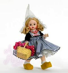 Madame Alexander Holland Doll Dutch Girl International Country Collection