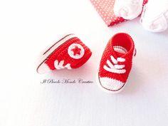 Baby Booties Baby Sneakers Baby Converse by PiccoloMondoCreativo