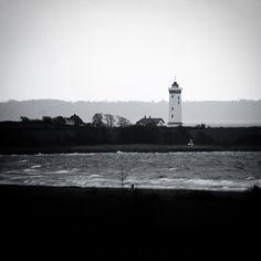 Blæsende dag på Helnæs #visitfyn #fyn #nature #visitdenmark #naturelovers #natur #denmark #danmark #dänemark #landscape #assens #mitassens #vildmedfyn #fynerfin #assensnatur #opdagdanmark #visitassens #instapic #picoftheday #sea #february #winter #waves #lighthouse