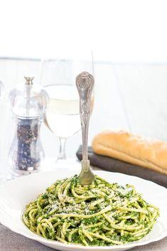 Spaghetti with Spinach Sauce - Erren's Kitchen Healthy Pasta Recipes, Spinach Recipes, Healthy Pastas, Sauce Recipes, Vegetarian Recipes, Spinach Pasta Sauce, Easy Pasta Sauce, Pot Pasta, Pasta Dishes
