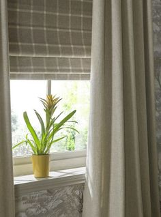 9 Effortless Tips AND Tricks: Modern Blinds Beautiful bedroom blinds natural light.Blinds Window No Sew patio blinds design.Blinds And Curtains Tips. Kitchen Blinds Fabric, Patio Blinds, Outdoor Blinds, House Blinds, Bamboo Blinds, Fabric Blinds, Blinds For Windows, Curtains With Blinds, Check Curtains