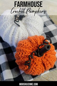 These farmhouse crochet pumpkins are perfect during the Fall and Halloween season. Learn how to crochet this easy, beginners pumpkin pattern below. #thanksgiving #crochet #halloween #farmhouse Crochet Crafts, Yarn Crafts, Crochet Projects, Crochet Tutorials, Half Double Crochet, Single Crochet, Craft Projects For Adults, Diy Projects, Pumpkin Uses