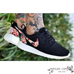 Nike Roshe Run Mesh Black Floral For Men and Women