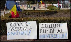"""Protestele împotriva lui Dodon ating apogeul: """"Dodon, greșeală a naturii, gunoi al universului, trădător de neam"""" - Glasul.info Universe"""