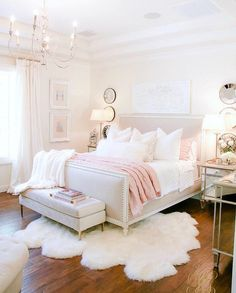 20 Feminine Master Bedrooms Soft, feminine and serene that's what these bedrooms are. Soft colors with pops of color in decor, add a blanket and a couple of pillows to make it all come together and you have your own feminine bedroom. Blush Pink Bedroom, Pink Bedroom Decor, Glam Bedroom, Bedroom Red, Woman Bedroom, Farmhouse Bedroom Decor, Trendy Bedroom, Bedroom Colors, Girls Bedroom